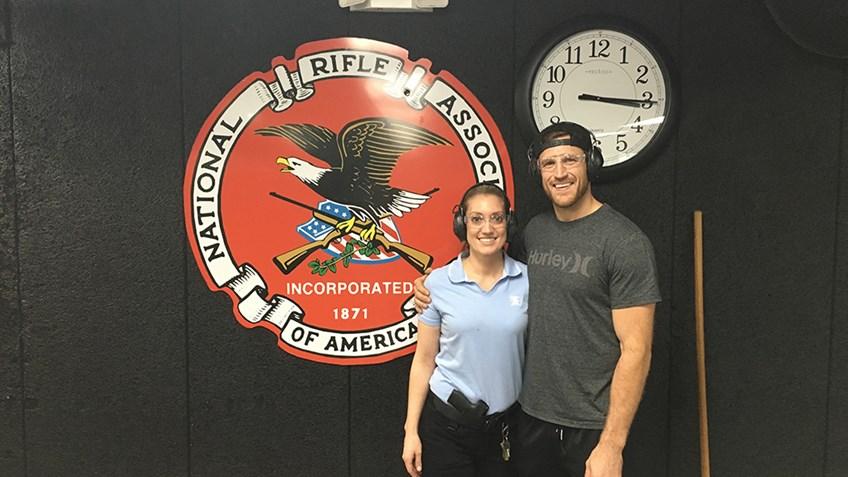 Help Brooks Laich Pick a Hunting Rifle