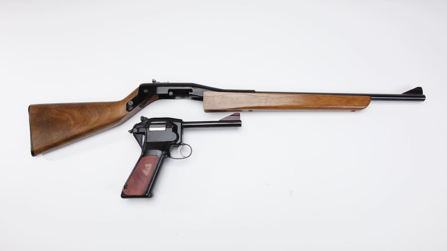 A brief history of the peculiar Dardick revolver and 'tround'