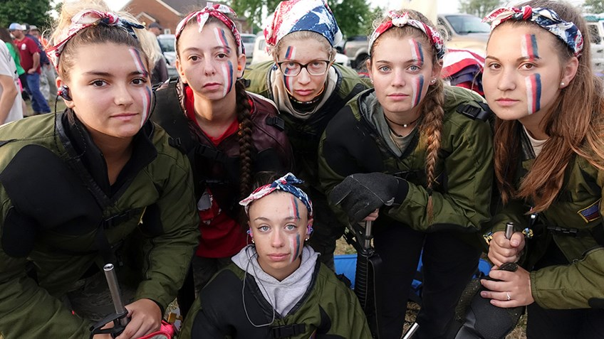 First All-Girls Team Competes In Rattle Battle